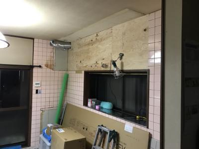 キッチン交換工事 施工中