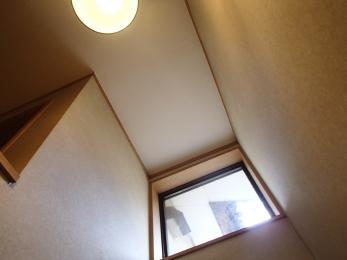 新しくなってお家の中がぱっと明るくなって雰囲気も凄く良くなりましたね♪
