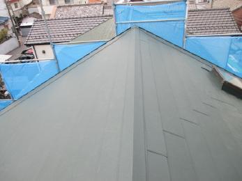 屋根もきれいになり、お困りだった雨漏れがなくなって良かったですね!