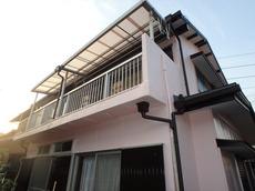 見た目もかなり変わり、屋根も軽くなって物凄く安心しています。 ハウスメンテナンス