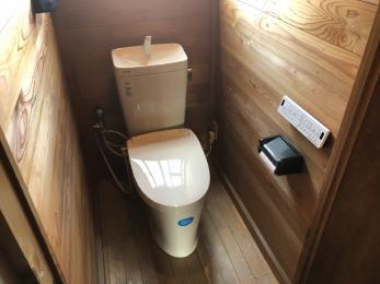 二階にはシャワートイレを新しく設置したことで、より使いやすくなった。