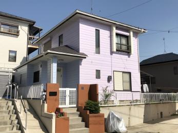 パステルカラーのツートンでとっても可愛いらしいお家に大変身♪フッ素塗料で耐候年数も期待できます!