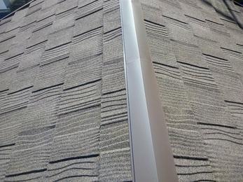施工後の雨も雨漏れはせず漏れ箇所は改善、屋根は軽量の石葺き屋根に変わりスマートな仕上がりになりました。