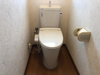 古いトイレから新しいトイレになる事で綺麗になりご希望の商品が取り付けることができました。