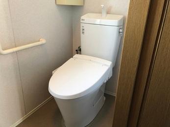 水漏れも解決し、1F、2F共にしっかり使用できるようになり、玄関も綺麗になりました。