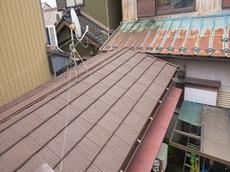 雨漏れは止まり、腐食した下地材のやり直しやクロスも張替えしてもらったので元通りに直りました。 ハウスメンテナンス
