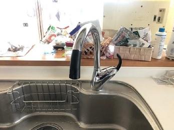 この度は工事のご依頼頂き誠にありがとうございます。 お客様のイメージに合ったお洒落な水栓になったと思います。 また何かお困り事があればいつでもご連絡お待ちしております。